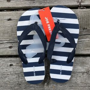 Free with purchase NWT size 1-2 blue flip flops
